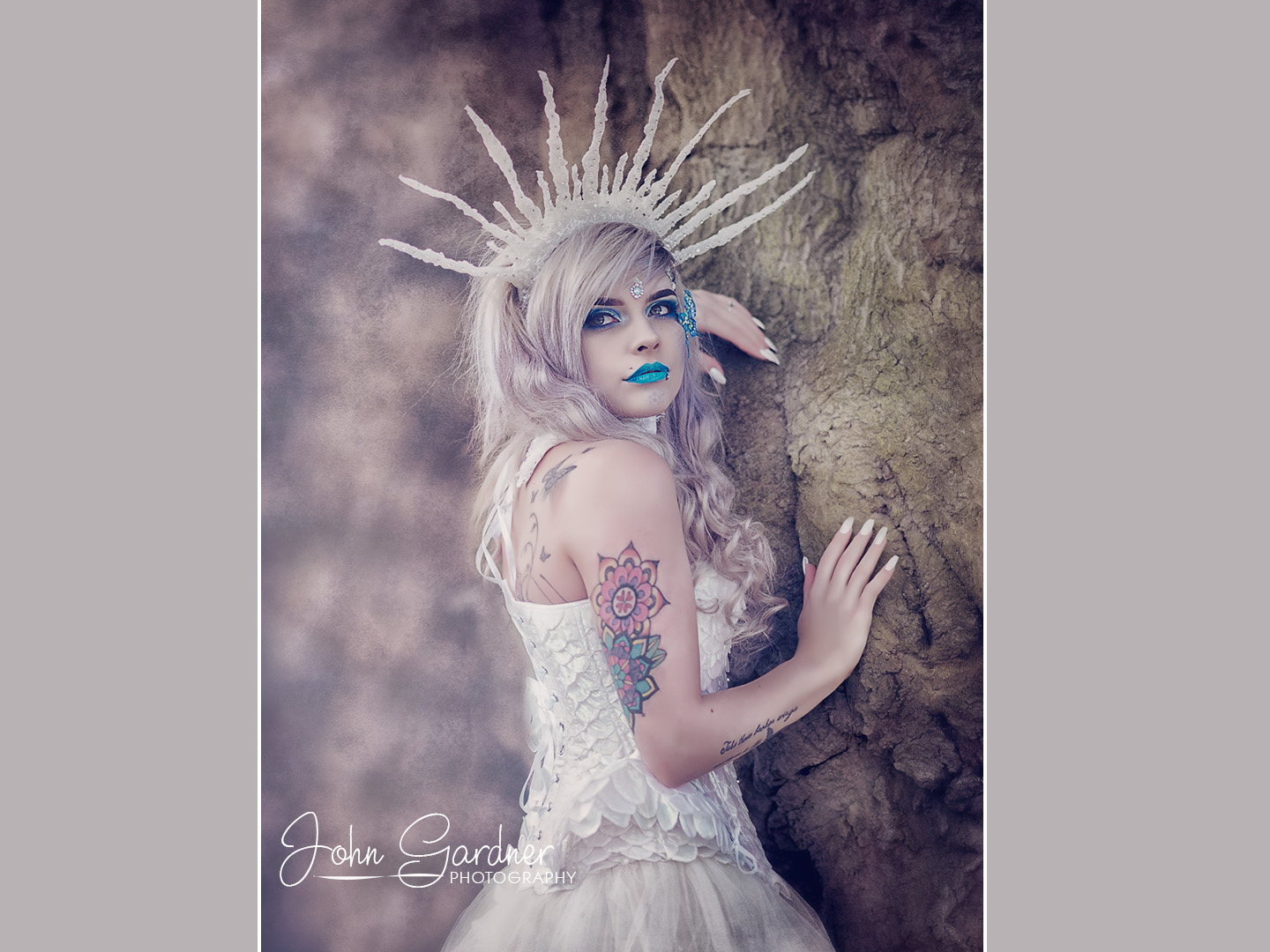 Commercial fashion & portrait photographer | fantasy shoot | Ice Queen